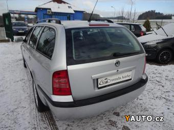 Prodám Škoda Octavia 1,6i combi Style, kompl. servisní historie