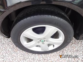 Prodám Škoda Octavia 1,6i Ambiente, výbava, kompl. serviska