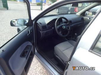 Prodám Škoda Octavia 1,6i Ambiente, serviska