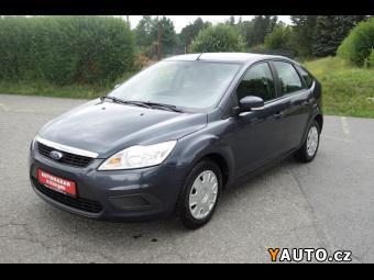 Prodám Ford Focus 1,6 servisní k, vyhř. přední s