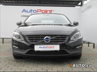 Prodám Volvo V60 2,4 1. majitel, momentum, AWD
