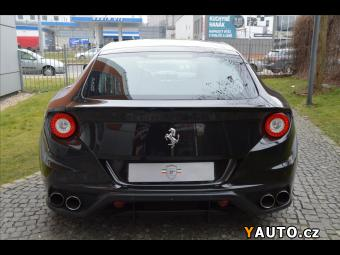 Prodám Ferrari FF 2xKamera, NAVI, Lift, AFS