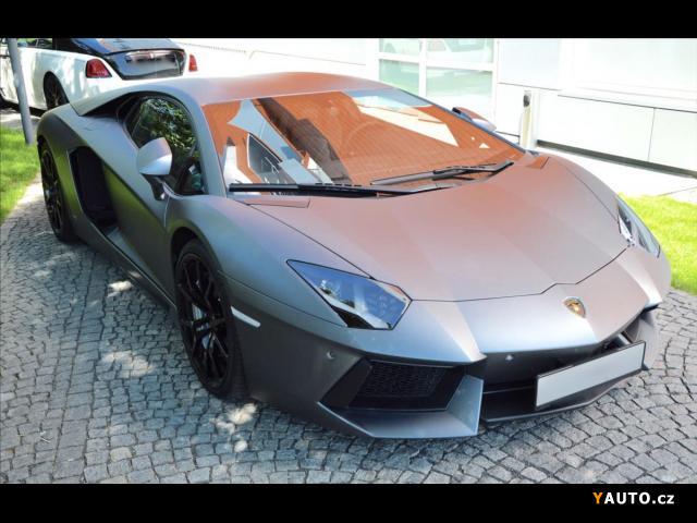 Prodám Lamborghini Aventador LP 700-4, Lift, Kamera V12