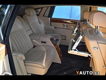 Prodám Rolls Royce Phantom EWB, Kamera V12
