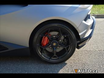 Prodám Lamborghini Huracán Performante LP 640-4