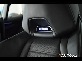 Prodám BMW M5 AKRAPOVIC*KERAMIKY*ZÁRUKA