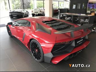 Prodám Lamborghini Aventador 6,5 SV LP 750-4 SKLADEM