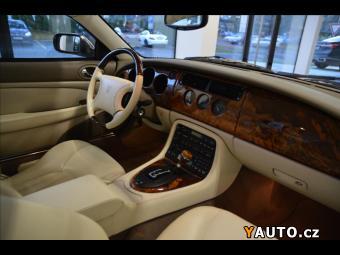Prodám Jaguar XK8 4,0 TOP STAV IHNED