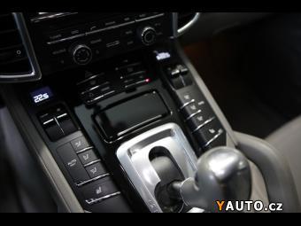 Prodám Porsche Cayenne 3,0 S Hybrid, PDLS, PCM SKLADEM