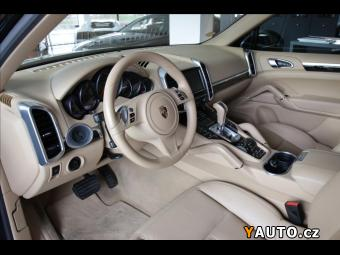 Prodám Porsche Cayenne 3,0 Diesel, PDLS, PCM, PASM IHNE