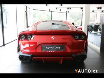 Prodám Ferrari 6,5 812 Superfast, Rosso Fuoco