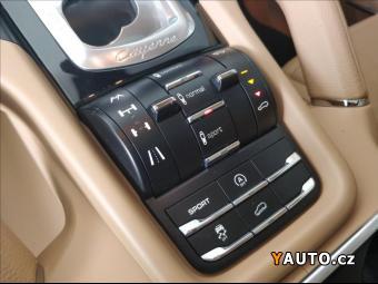 Prodám Porsche Cayenne 3,0 Sport Design paket, Vzduch