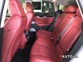 Prodám Maserati Levante 3,0 S, Bowers & Wilkins, Kamera