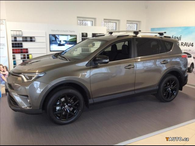 Prodám Toyota Rav4 2,5 Hybrid Active Style