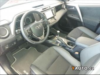 Prodám Toyota Rav4 2.5 Hybrid Executive 4x4