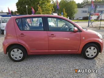 Prodám Daihatsu Sirion 1.0i, KLIMA, ABS, EL. OKNA