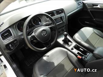 Prodám Volkswagen Golf 1,2 TSI COMFORTLINE VII