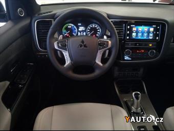 Prodám Mitsubishi Outlander 2,4 PHEV Instyle