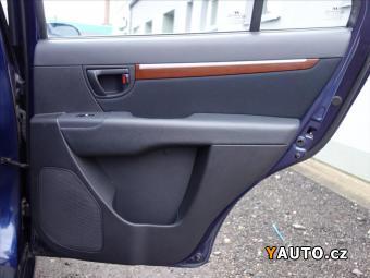 Prodám Hyundai Santa Fe 2,2 CRDI, Navi, tažné, ČR, servis