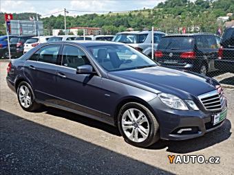 Prodám Mercedes-Benz Třídy E E350CDI 4Matic, 1. maj. koup. CZ, T