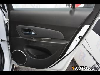 Prodám Chevrolet Cruze 1.7VCDi 96kW+1. MAJ+TOP SERVIS+