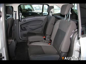 Prodám Ford Grand C-MAX 1,5 TDCI 6 Míst 1. Majitel