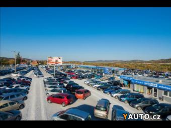 Prodám Toyota Land Cruiser 3,0 4x4 CZ Tažné Zařízení