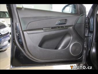 Prodám Chevrolet Cruze 2,0 VCDi Servisní Kniha CZ
