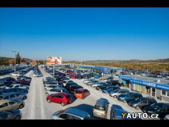 Prodám Volkswagen Sharan 2,0 TDI Aut. Klima 7-Míst Navi