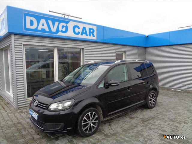 Prodám Volkswagen Touran 2,0 TDI DSG Panorama 1. Maj.