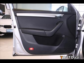 Prodám Škoda Octavia 1,6 TDI Style Xenon Navigace