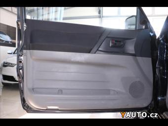 Prodám Mitsubishi Pajero 3,2 DI-D 4WD Automat 1. Majitel