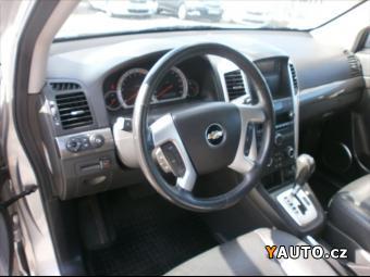 Prodám Chevrolet Captiva 3,2 V6 4x4 AUT. DIGIKLIMA 7 MÍ