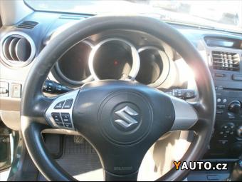 Prodám Suzuki Grand Vitara 2,0 JLX AUTOMATICKÁ KLIMA NOVÉ