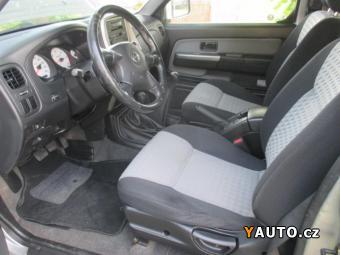 Prodám Nissan Navara Double Cab 2,5TDI 4x4 Digi kl
