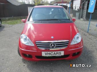 Prodám Mercedes-Benz Třídy A A150 Servisní kniha
