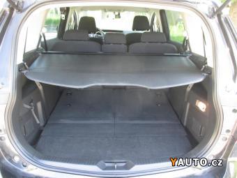 Prodám Mazda 5 1,6 MZ-CD 7MÍST