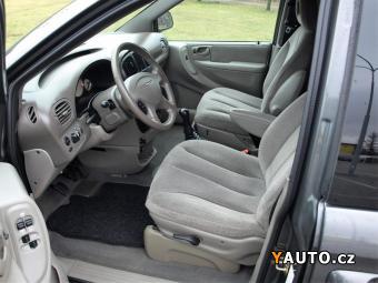 Prodám Chrysler Grand Voyager 2.5CRD MANUÁL, SERVISKA