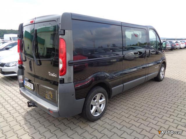 prod m renault trafic 2 5dci 107kw 6 m st passenger prodej renault trafic osobn auta. Black Bedroom Furniture Sets. Home Design Ideas