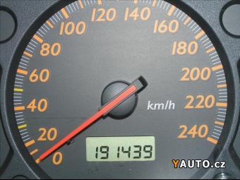 Prodám Honda Stream 1,7 2.0 I-VTEC ES, LPG