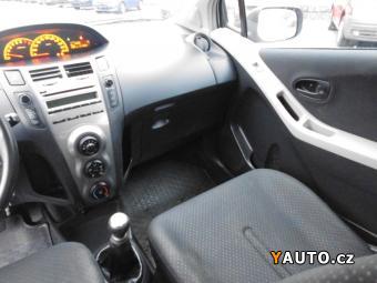 Prodám Toyota Yaris 1.0i 51kW