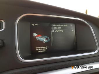 Prodám Volvo V40 REZERVACE 2.0 D2 76 000KM Sum