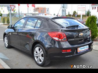Prodám Chevrolet Cruze 1,8 16v LTZ ČR 1. MAJ 16000Km