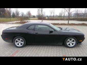 Prodám Dodge Challenger SXT Plus 3.6 V6 Pentastar