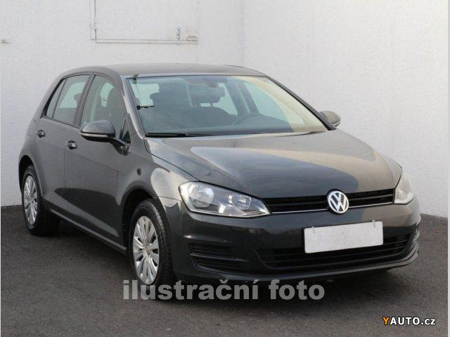 Prodám Volkswagen Golf 1.6 TDi Comfortline, Dsg