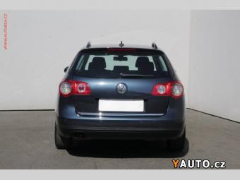 Prodám Volkswagen Passat 1.9 TDi Sportline, Park. čidla