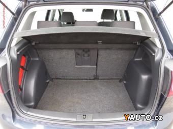 Prodám Volkswagen Golf Plus 1.6 Comfort, ČR, Aut. klima