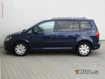 Prodám Volkswagen Touran 1.6TDi Life, Navi