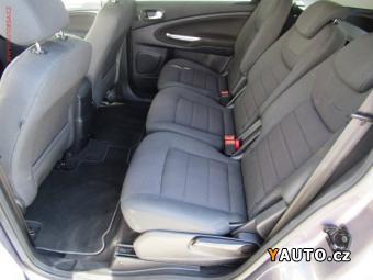 Prodám Ford S-MAX 2.2TDCi Titanium, AT, navi