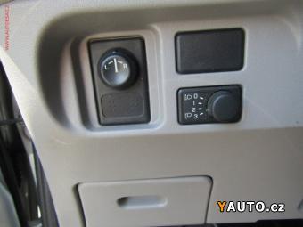 Prodám Nissan Almera Tino 2.2 dCi, STK 3, 20